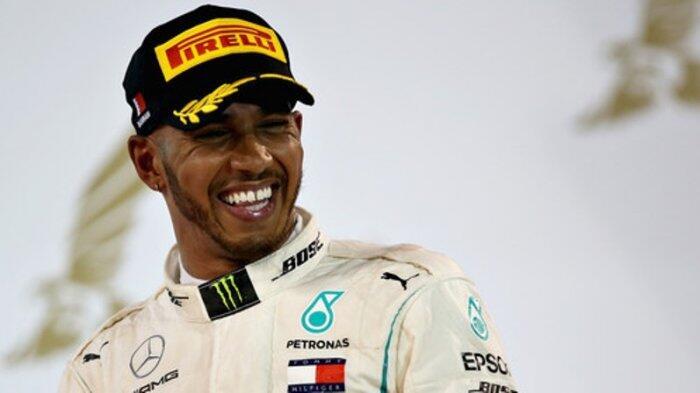 Lewis Hamilton Tebar Ancaman ke Sebastian Vettel di GP China