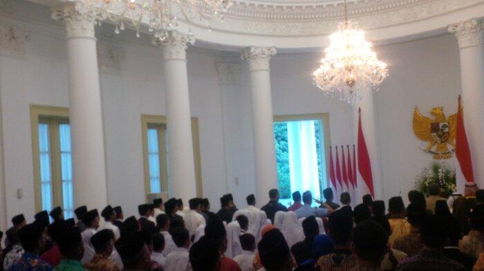 Jokowi Peringati Isra Miraj Bersama Anak Yatim di Istana Bogor
