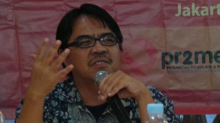 Ketua Umum FPI Heran, Ade Armando Sering Dilaporkan ke Polisi Tapi Lolos Terus