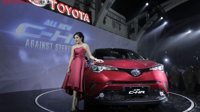 Komparasi Harga Toyota C-HR dengan Mazda CX3, Honda H-RV, dan Mitsubishi Outlander