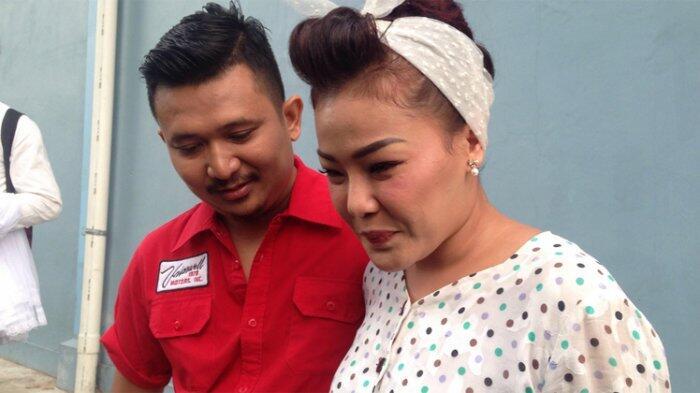 Chef Aiko dan Suami Tunda Malam Pertama, Ini Sebabnya