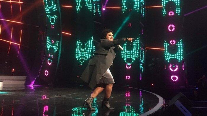 Joan Chaterina Tereleminasi di Top 3 Indonesian Idol