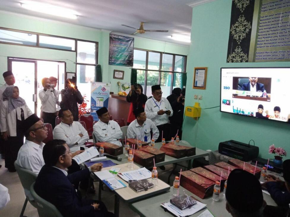 Pantau UNBK, Dirjen Optimis Masa Depan Madrasah
