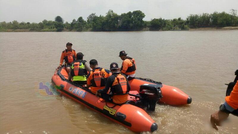 Pencarian Korban Tenggelam di Bengawan Solo Dihentikan Sementara