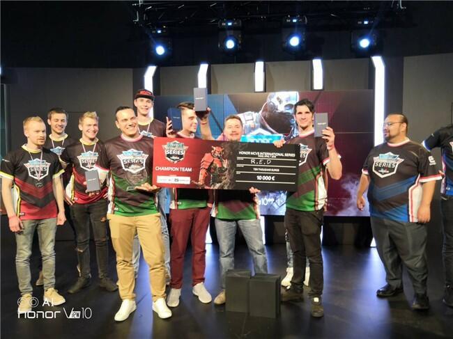 Inilah pemenang Turnamen Honor Modern Combat Versus tingkat Internasional!