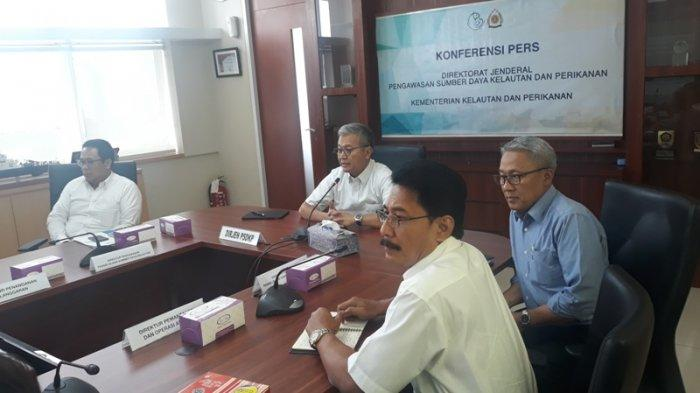 KKP Ringkus Dua Kapal Pencuri Ikan Filipina di Laut Sulawesi