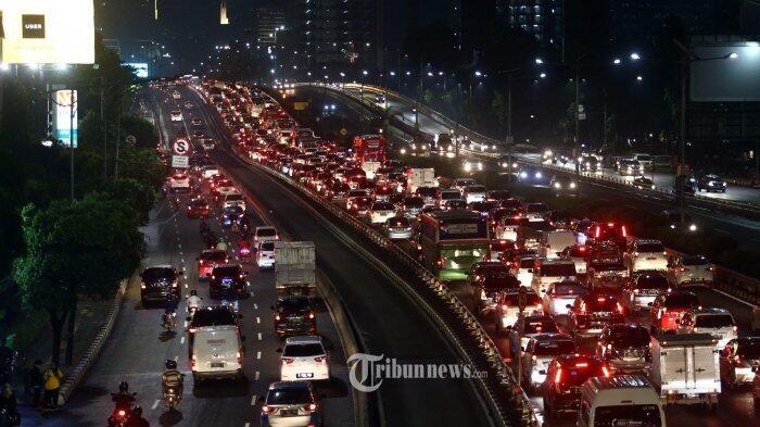 Tiga Jurus Kurangi Kemacetan Tol Jakarta-Tangerang