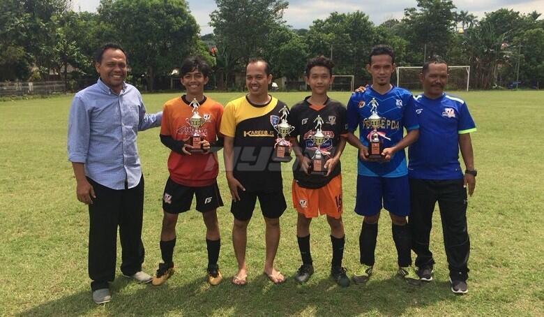 Rayakan Anniversary ke-15, Villa 2000 FC Menggelar Turnamen Trofeo
