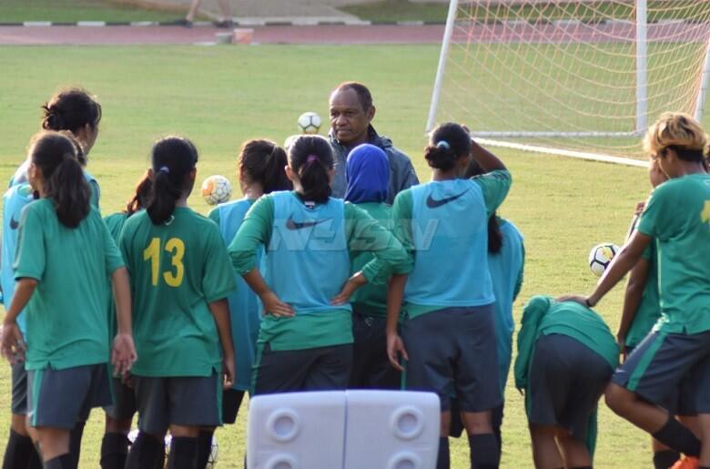 Derby Srikandi Pekan Ini, Timnas Putri U-16 Jajal Timnas Putri Senior di Senayan