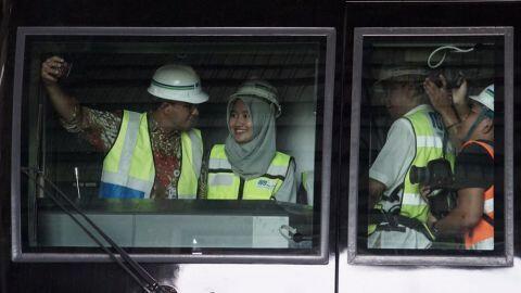 Anies: MRT Pertama, Masinisnya Perempuan Usia 21 Tahun