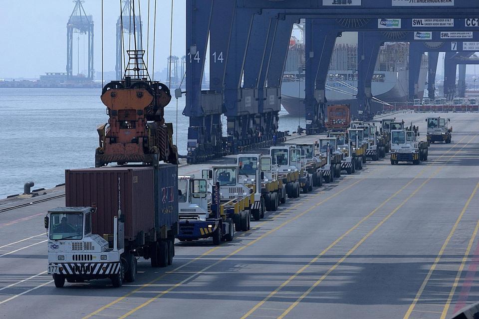 jasa import barang