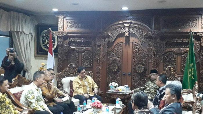 Datangi Muhammadiyah, Airlangga-Haedar Nasir Gelar Pertemuan Tertutup