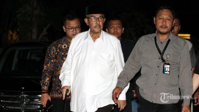 Bupati Bandung Barat Abubakar Ditangkap Diduga Akibat Palak Sejumlah Kepala Dinas