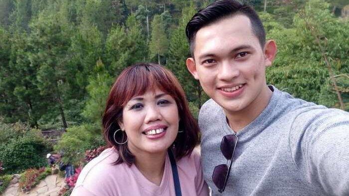 Padahal Sudah Foto Pre-wedding, Ely Sugigi Tetap Tak Dapat Restu Anak