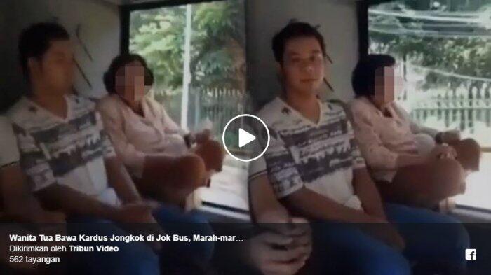 Wanita Tua Bawa Kardus Jongkok di Jok Bus, Marah-marah saat Ditegur Aksinya Berbahaya