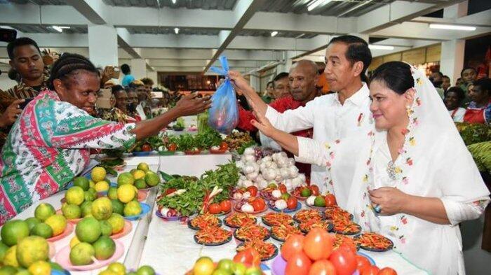 Kunjungan ke Asmat, Jokowi Dapat Gelar Panglima Perang dari Masyarakat Adat Asmat