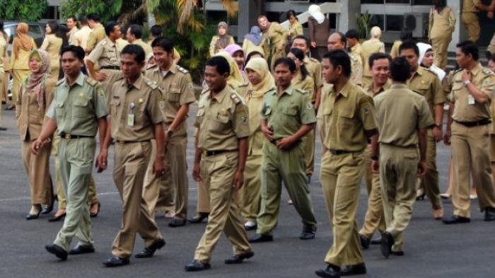 Ketua DPR Setuju Rencana Pemerintah Naikkan THR PNS