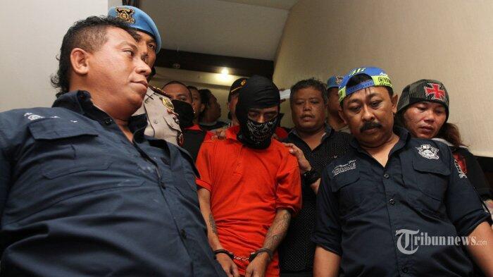 Kekasih Pembunuh Purnawirawan TNI AL Terkejut Saat Cuci Baju Berlumuran Darah