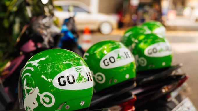 Pengamat Tegaskan Go-Jek dan Grab Adalah Perusahaan Aplikasi Transportasi