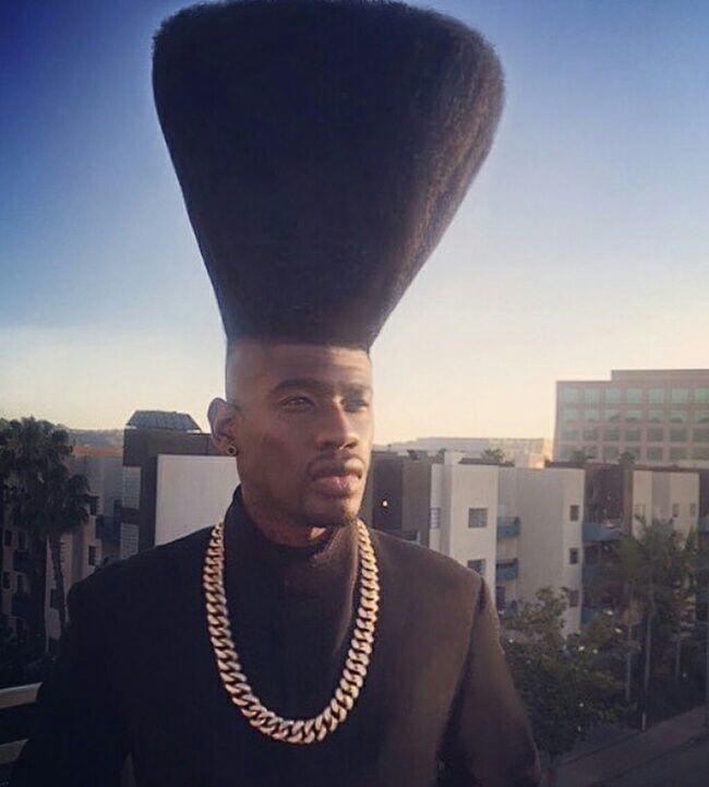 Gaya Rambut Orang Aneh Ini Bikin Geleng-geleng Kepala Tiada Henti, Berani Coba?