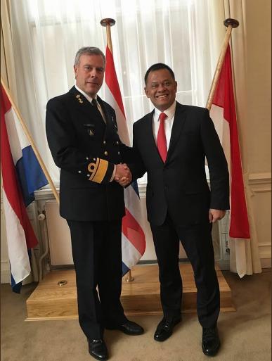Jenderal Gatot Lakukan Courtessy Call Dengan Panglima Belanda
