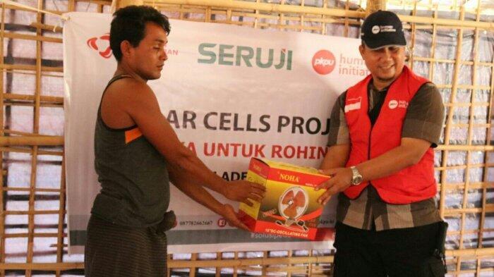 235 Paket Panel Surya Kembali Didistribusikan Untuk Pengungsi Rohingya