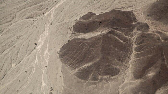 """Sebuah Penelitian Menunjukkan Adanya Penemuan 50 """"Ukiran Suci"""" Kuno di Peru"""