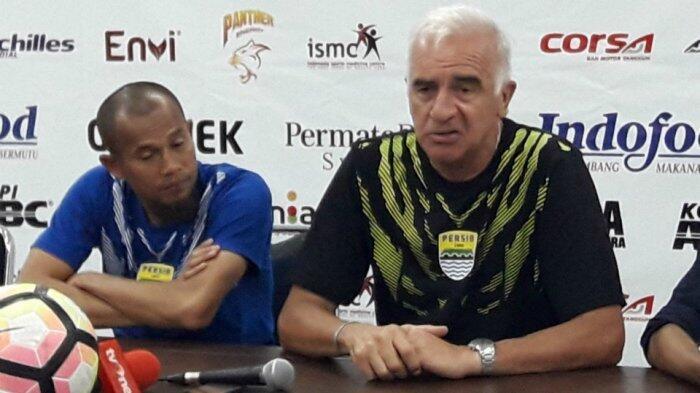 Sanksi Komdis pada Supardi Membawa Keuntungan bagi Empat Pemain Persib Bandung