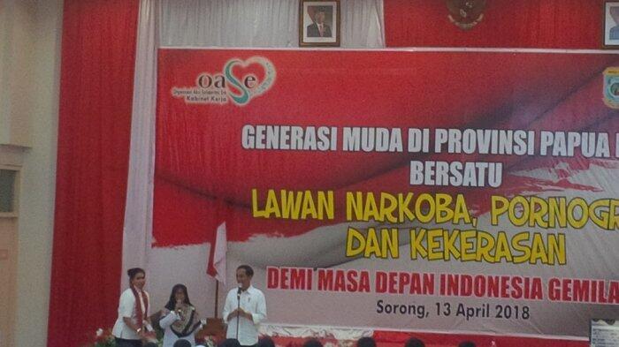 Di Hadapan Anak SMP, Jokowi : Percuma Pintar Kalau Terkena Narkoba