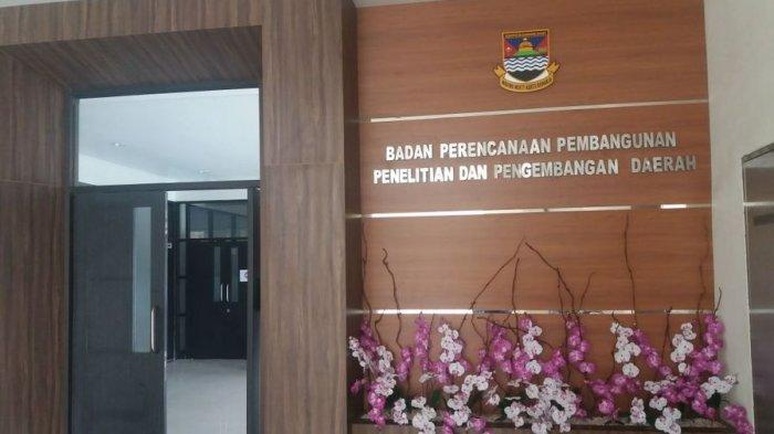 KPK Geledah Sejumlah Ruangan di Komplek Pemkab Bandung Barat