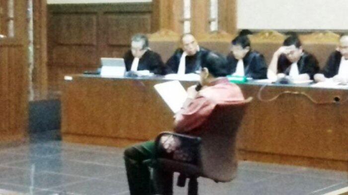 Setya Novanto Bacakan Sendiri Nota Pembelaannya