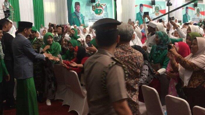 Jokowi Hingga Ketua MUI Kompak Sarungan di Munas Alim Ulama PPP