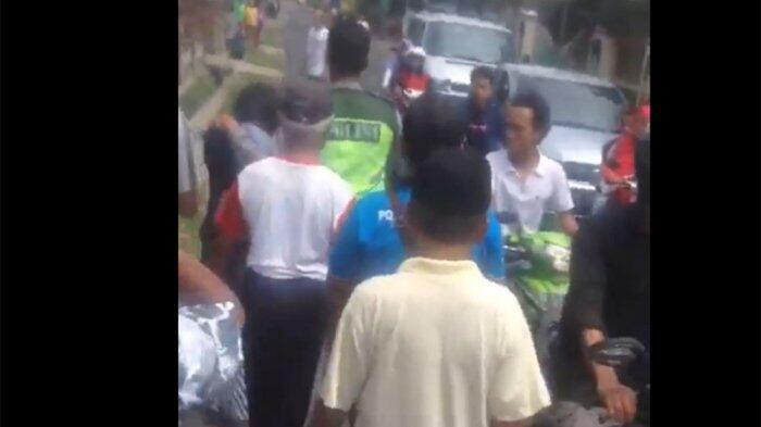 Warga Tangkap Pasangan Mesum di Masjid