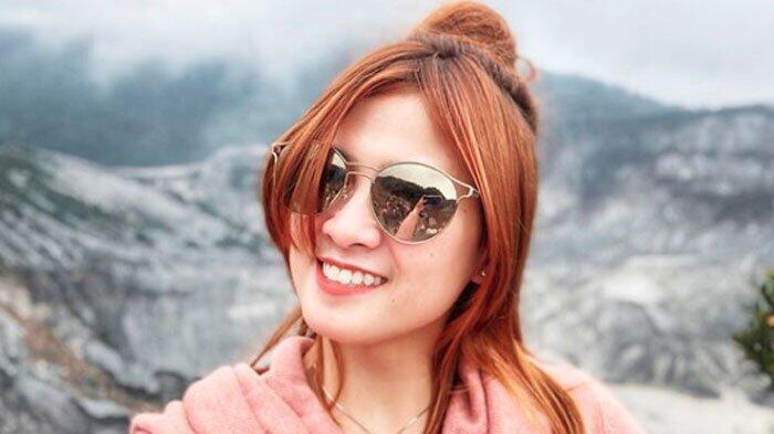 Posting Video Lagi Makan di Pesawat, Instagram Chika Jessica Banjir Kritikan Netizen