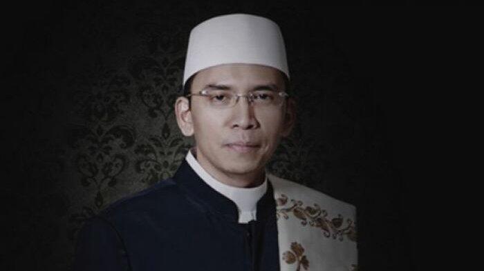 Survei KedaiKOPI: TGB Zainul Majdi Paling Religius Dibandingkan Jokowi