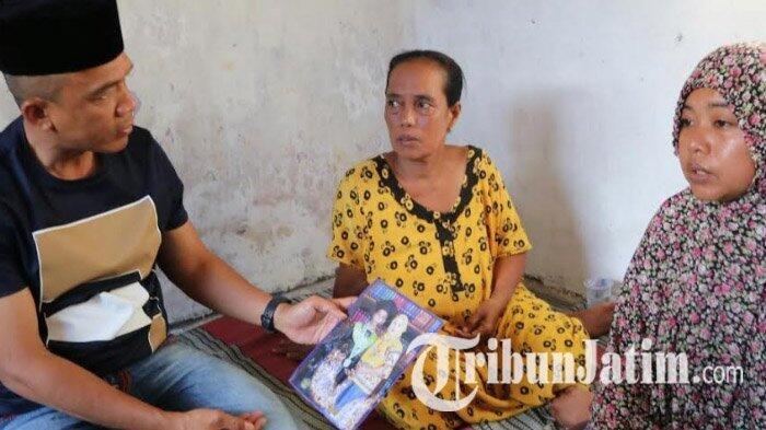 Kapolrestabes Surabaya Berduka Datangi Rumah Suporter Persebaya yang Meninggal