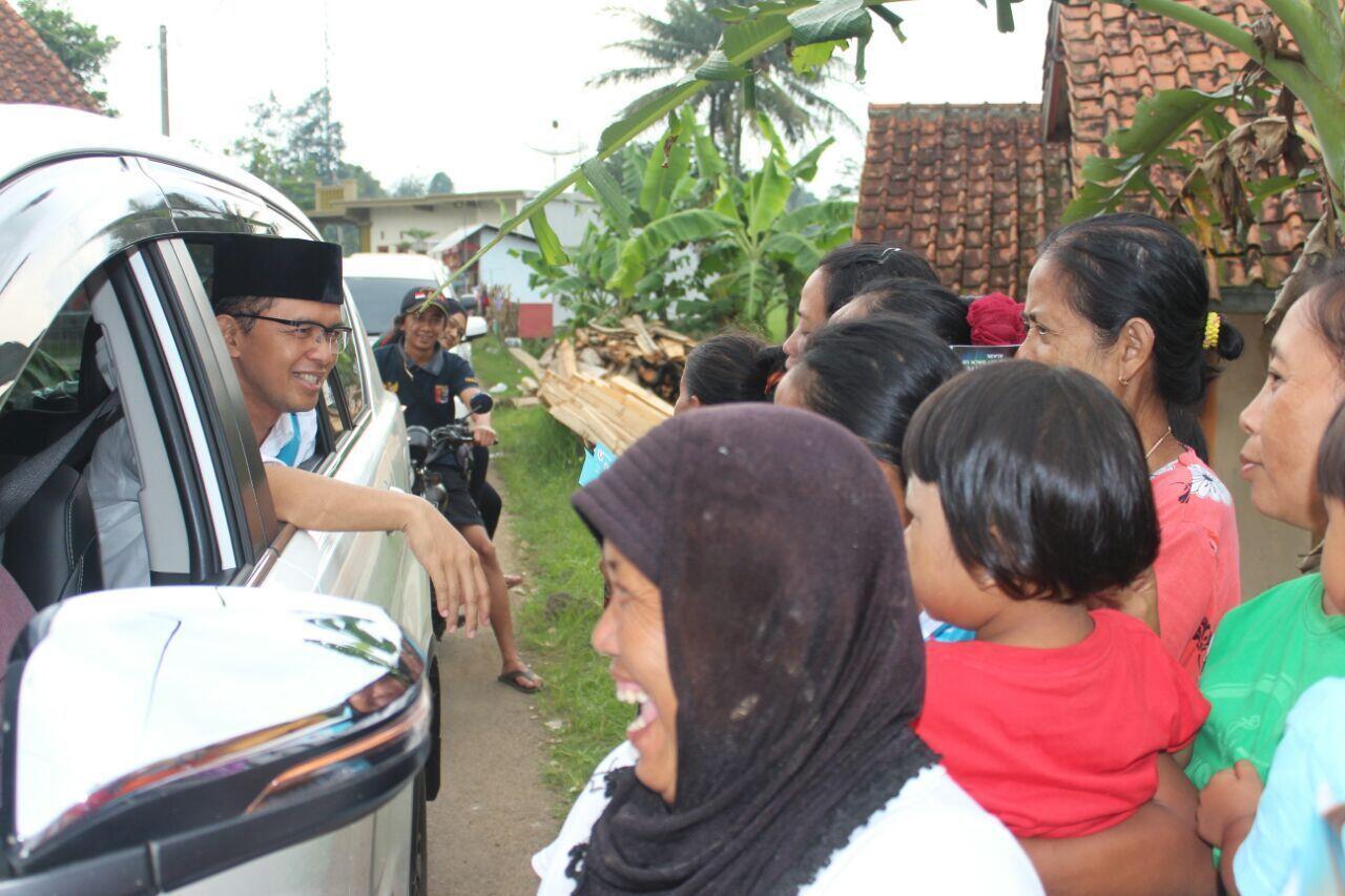 Mobil Cabup Maman Dikejar Orang tak Berbaju, Mirip yang Dialami Jokowi