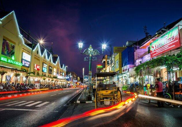 Tempat-Tempat Terbaik Asia Tenggara untuk Nikmati Wisata Malam