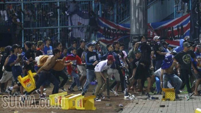 Panpel Arema FC Jelaskan Kondisi Aremania yang Banyak Kena Gas Air Mata