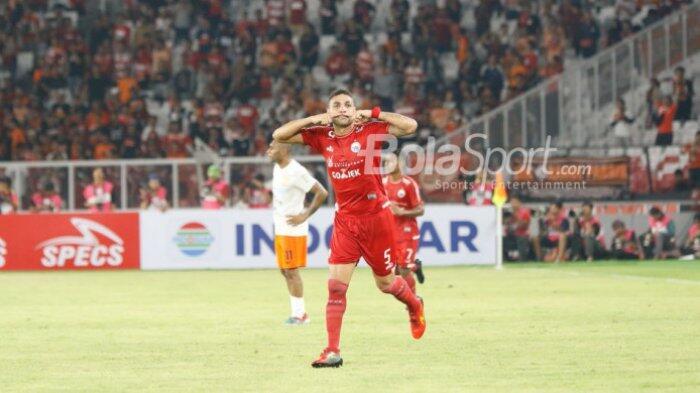 Ini Rahasia Tendangan Geledek Bek Persija yang Bisa Jebol Gawang Borneo FC
