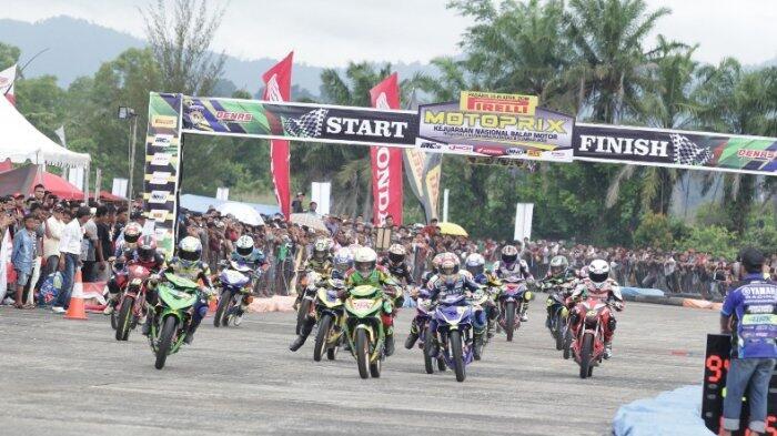 Doohan Akbarruzaman Juara Motoprix Padang SOalnya Gunakan Ban IRC Fasti 2