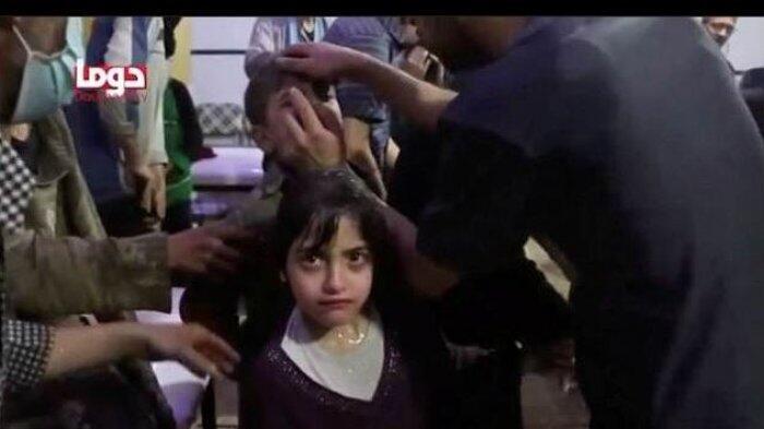 """Masa, Gadis Kecil Suriah: """"Alih-alih Menghirup Udara, Kami Menghirup Bau Darah"""""""