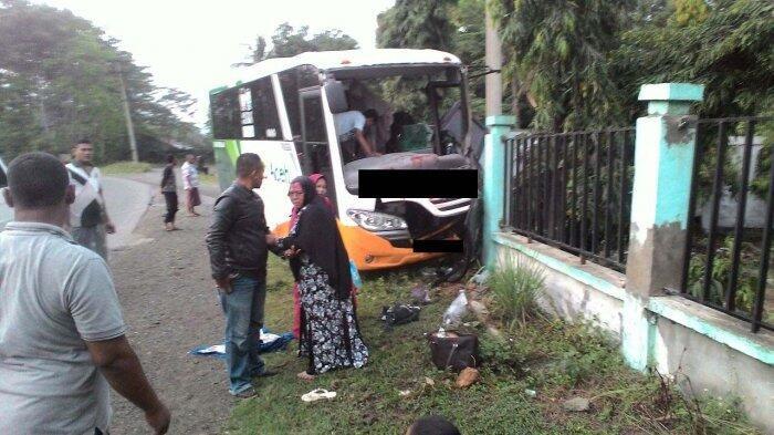 Bus yang Ditumpangi Jemaah Zikir Kecelakaan, Dua Orang Tewas