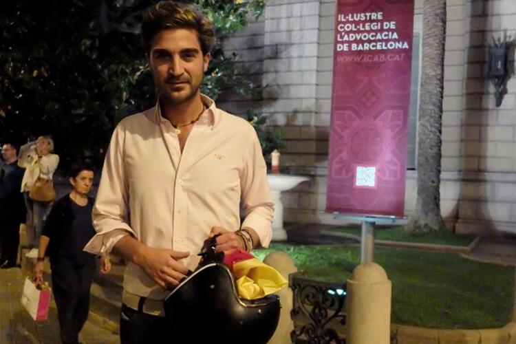Aspirasi Warga Catalan yang Menolak Berpisah dari Spanyol.