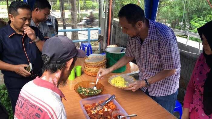 Nasi Kuning Podjok Halal, Ternyata Masih Ada Orang Baik di Negeri Ini