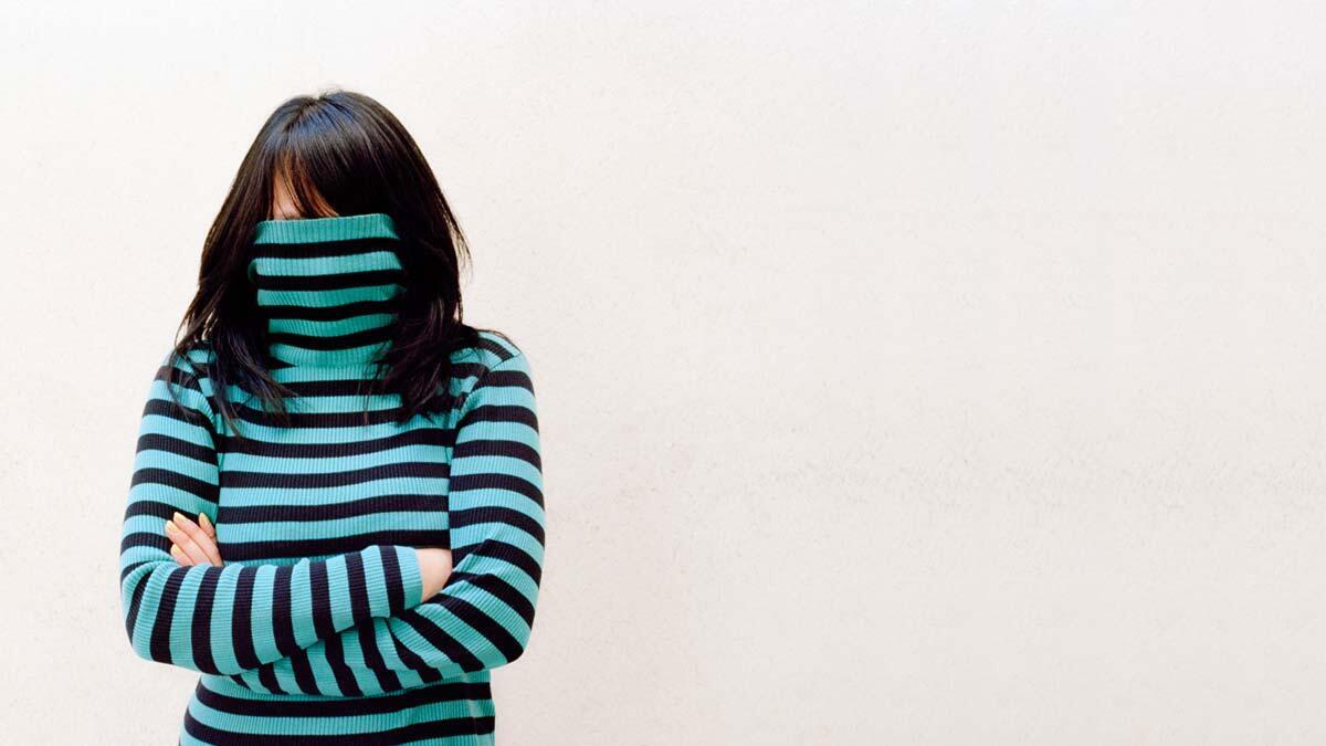 7 Tanda Yang Biasa Dilakukan Seseorang Saat Merasa Insecure