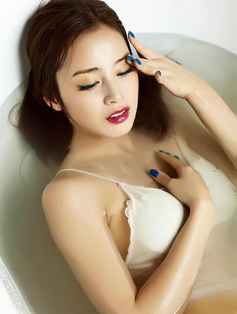 Rain, kim tae hee spotted
