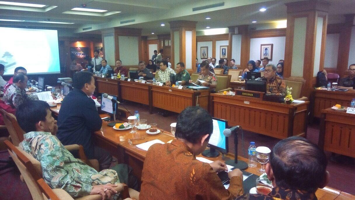 Tinjau Pelayanan Publik, Komisi II DPR Kunjungi Jawa Barat