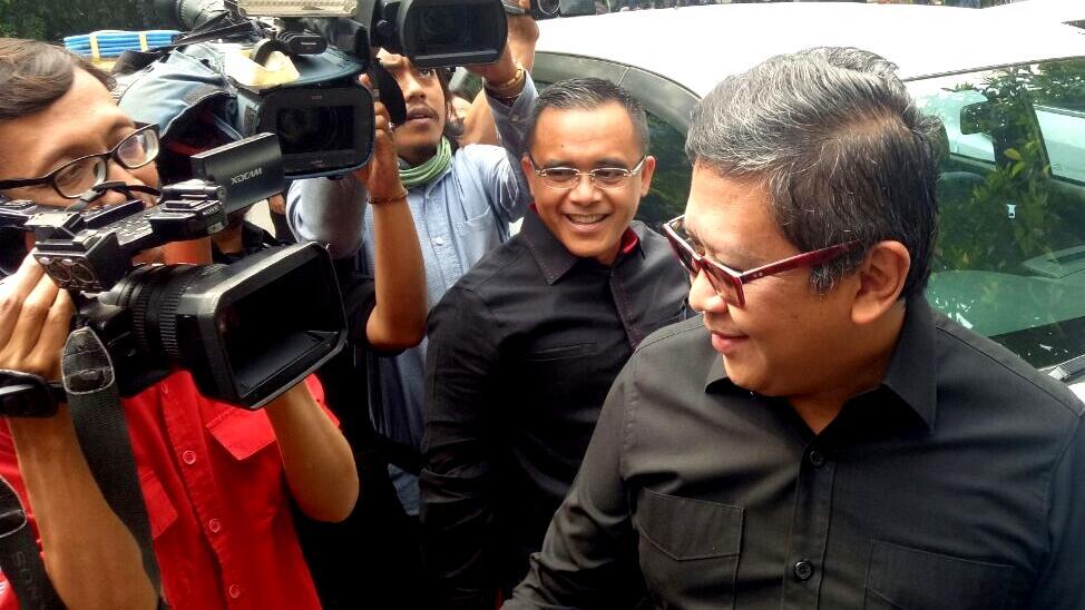 PDIP Tunjuk Azwar Anas Pimpin Kerja Sama Pendidikan dengan Ruangguru