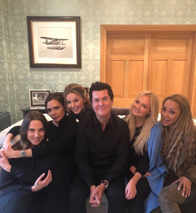 Manajer Spice Girls Simon Fuller Mencari Bakat Muda Indonesia